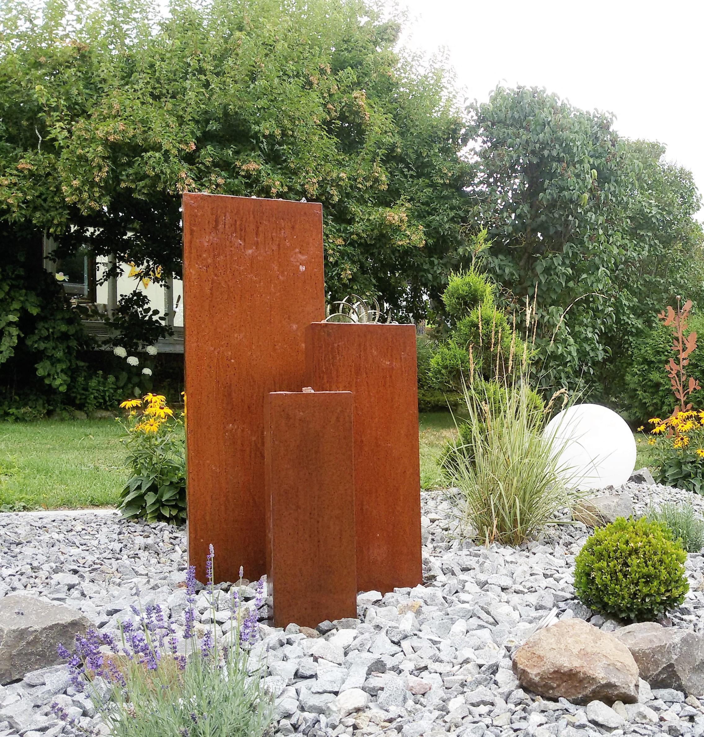 Gartenbrunenn Cortenstahl Trio 120/90/60