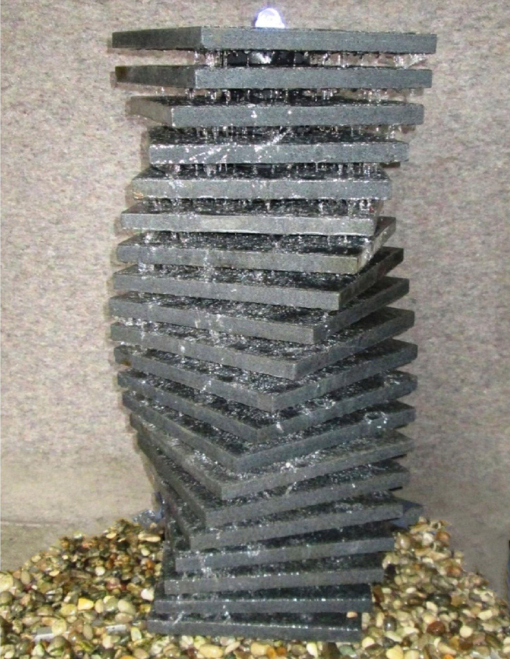 Quellstein-Kaskadenbrunnen Granit Jochen